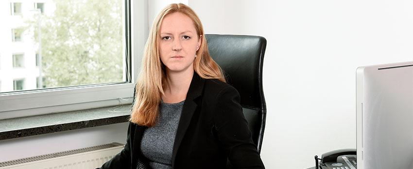 Portrait von Anja Aringer, Fachanwältin für Strafrecht München.